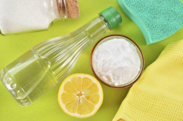 Jak wykorzystać ocet podczas domowych porządków? Ten specyfik poradzi sobie z największym brudem