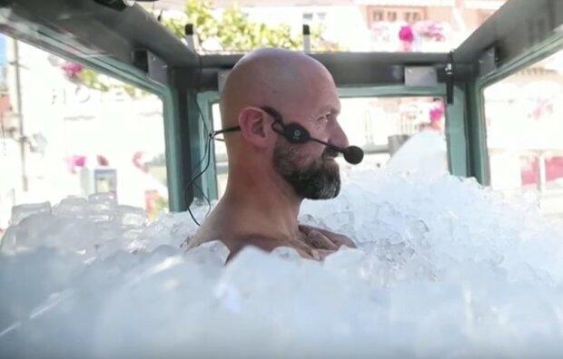 Austriak w lodzie/screen YouTube