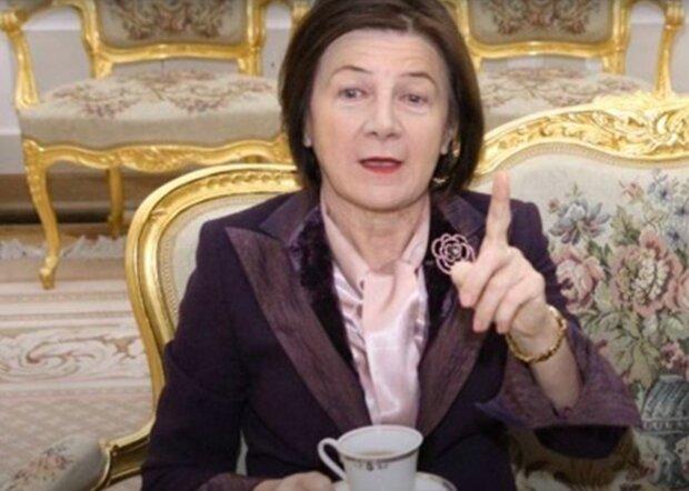 Maria Kaczyńska / YouTube:  editte editte