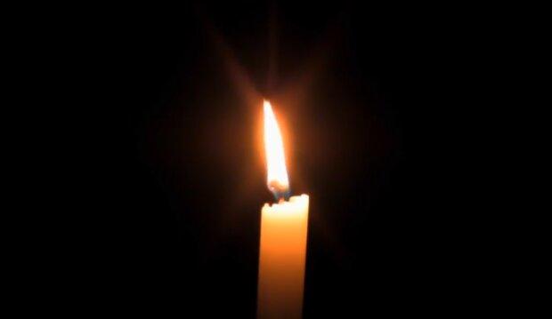 Płonąca świeca/YouTube @Noosfera