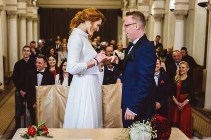 """Paulina i Krzysztof ze """"Ślubu od pierwszego wejrzenia"""" zostali rodzicami, screen Google"""
