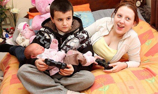 Młodzi rodzice, screen YT