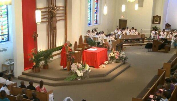 Msza święta/Youtube @CatholicChicago