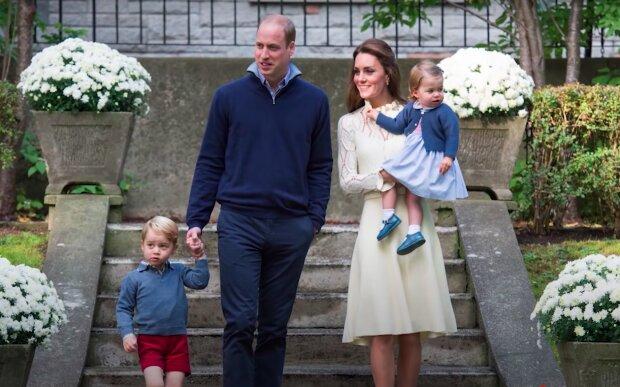 Księżna Kate i książęWilliam z dziećmi / YouTube:  Magazyn VIVA!