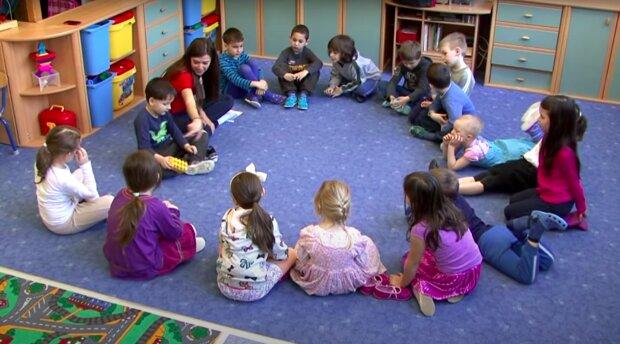 Przedszkolaki / YouTube: WOW ENGLISH