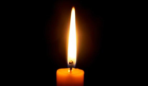 Płonące świece/ YouTube @ SlowTV Relax&Background