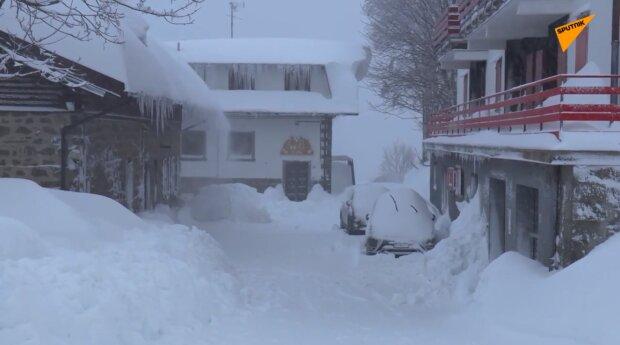 Śnieg. Źródło: Youtube Sputnik Polska