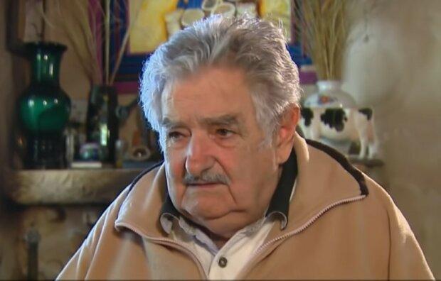Jose Mujica/screen Youtube @Al Jazeera English