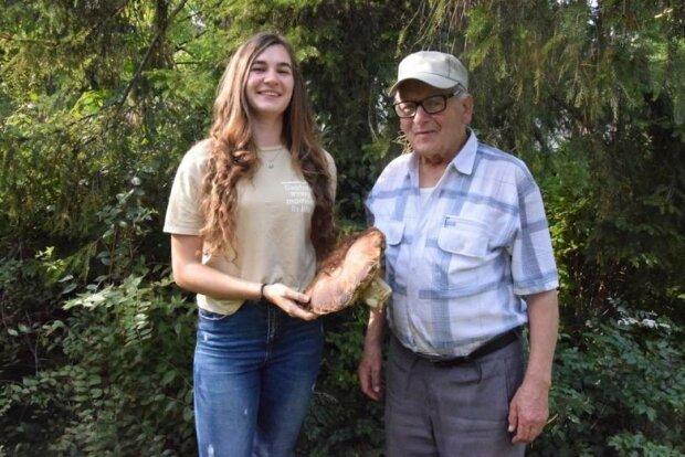 Jan Nazar i jego wnuczka Kinga Matych
