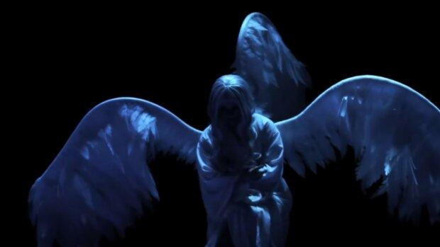Jak zrozumieć, że dusza osoby, która odeszła jest blisko? Jest kilka znaków