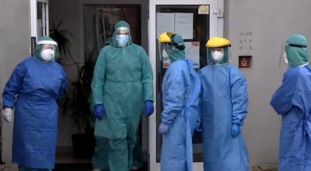 Personel szpitala/ YouTube @Uwaga! TVN