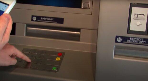 Bankomat / YouTube:  HotmoneyPL