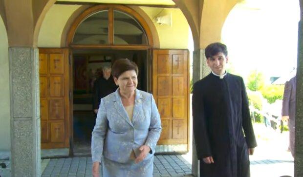 Beata Szydło z synem/ YouTube @Oświęcim Online