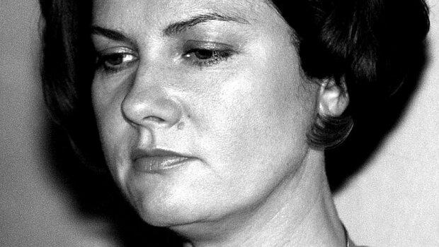 Życie Agnieszki Kotulanki nie było usłane różami. Jej znajomi spekulują, dlaczego zmagała się z poważnym nałogiem. Chodzi o miłość do znanego aktora