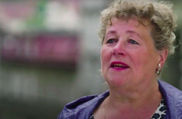 Halina ma sporo wątpliwości! / YouTube: Whistleblower News
