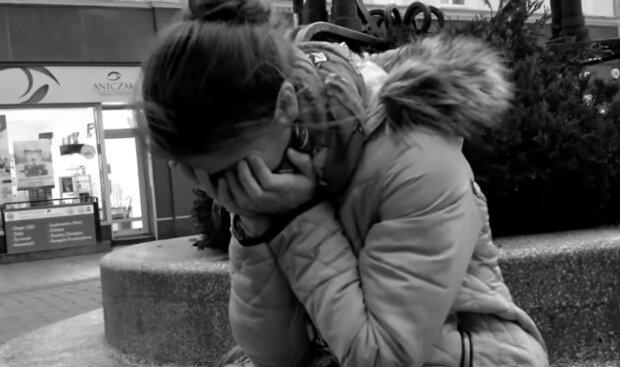 Płacząca kobieta/ YouTube @S.O.Łez.