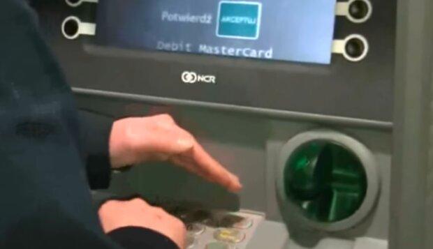 Bankomat/YouTube @FinanseNa50Plus